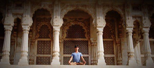 Dankbarkeit als Grundlage einer kraftvollen Yoga- und Meditationspraxis